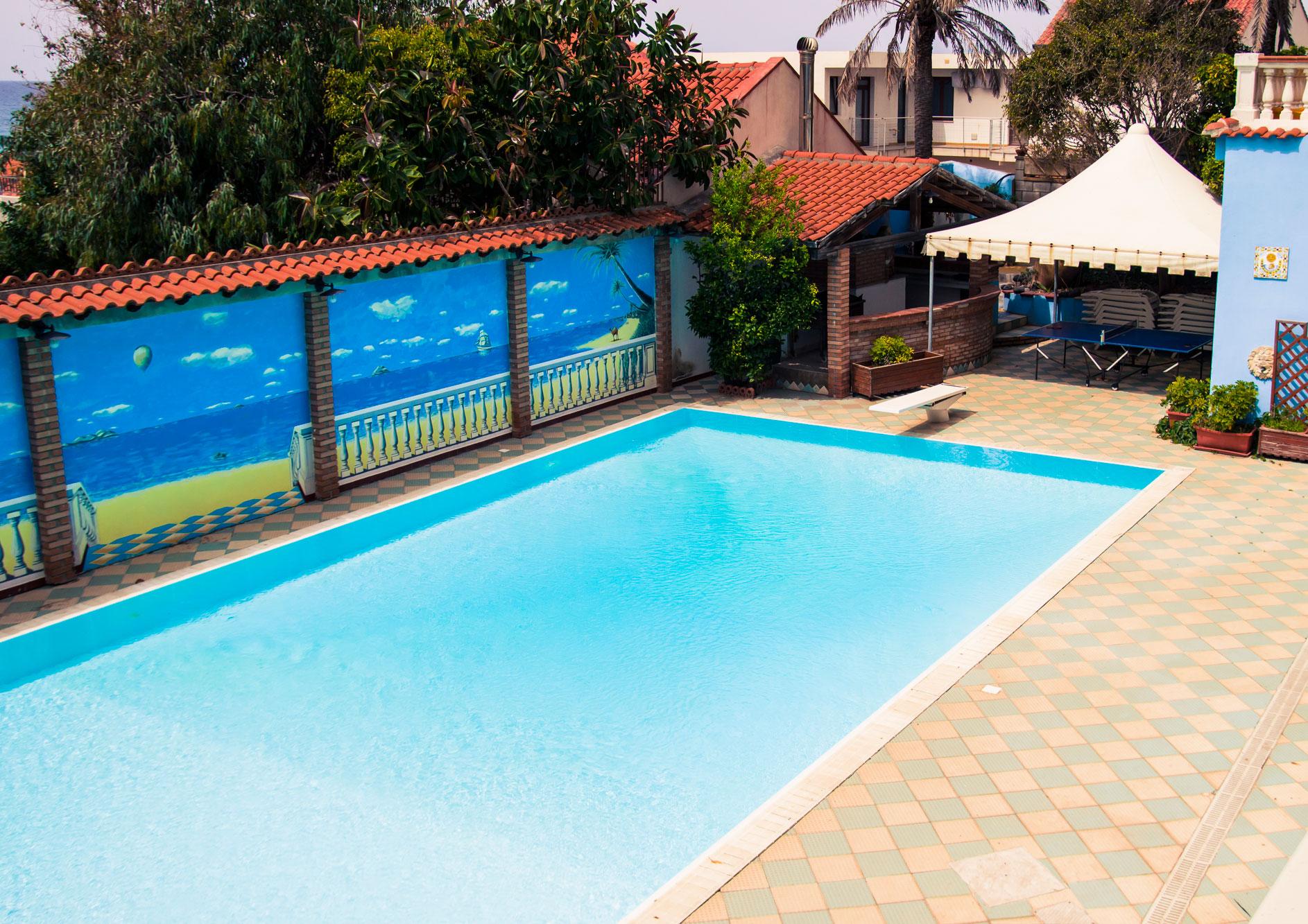 Villaggio oasi azzurra village - Lettini per piscina ...